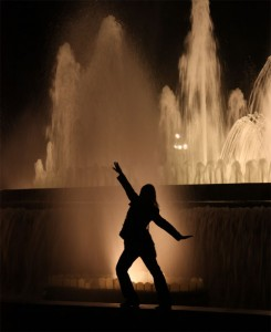 girl-fountain