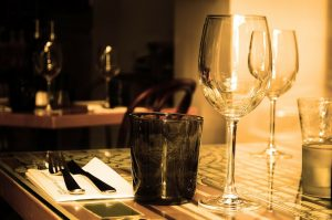 table-71380_1280