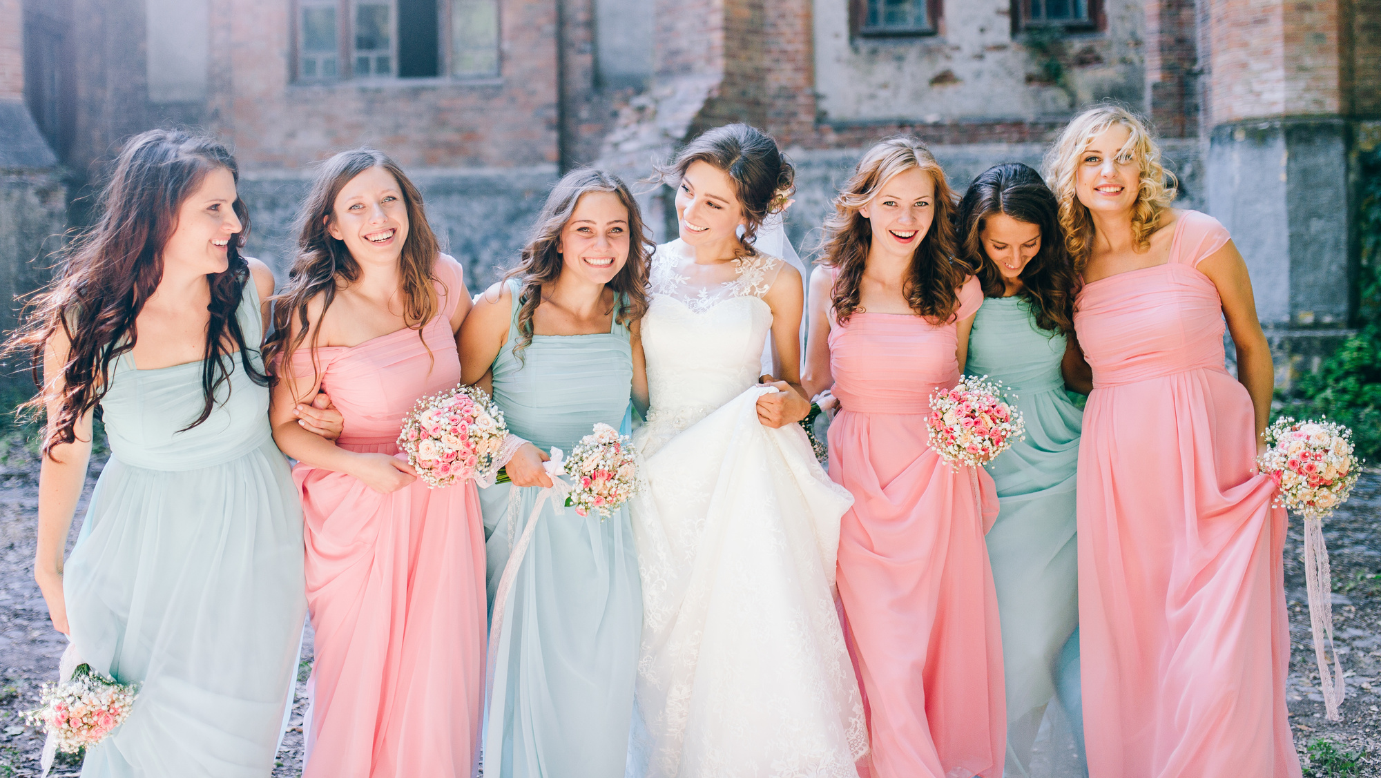 Average Wedding Dress Price | How Much Should The Average Wedding Dress Cost For Bridesmaids